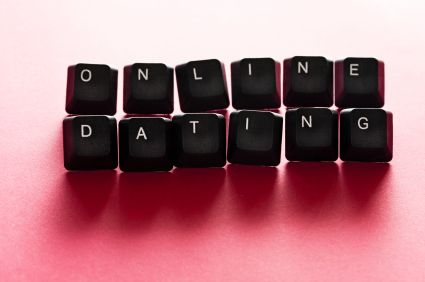 Step One: Rearrange the buttons on your keyboard to write cute things.  Step Two: Take a piocture of it! (Image from datelessndallas.com)