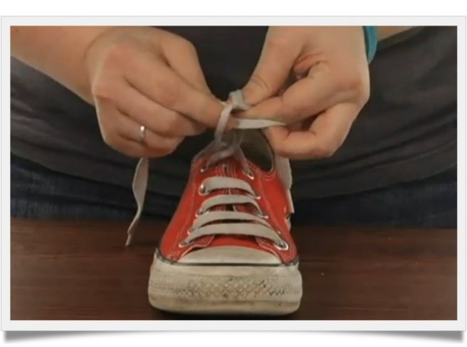 I realize that most six year olds can ties their shoes, but to be fair, the vast majority of them have two hands and lots of unused brain cells.  (Image from efficientlifeskills dot com)